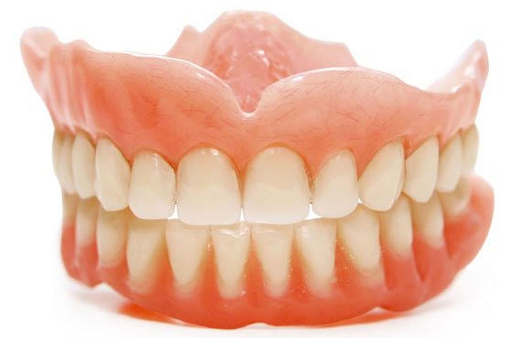 義歯の調整と作製