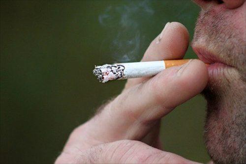 タバコと歯科の関係について